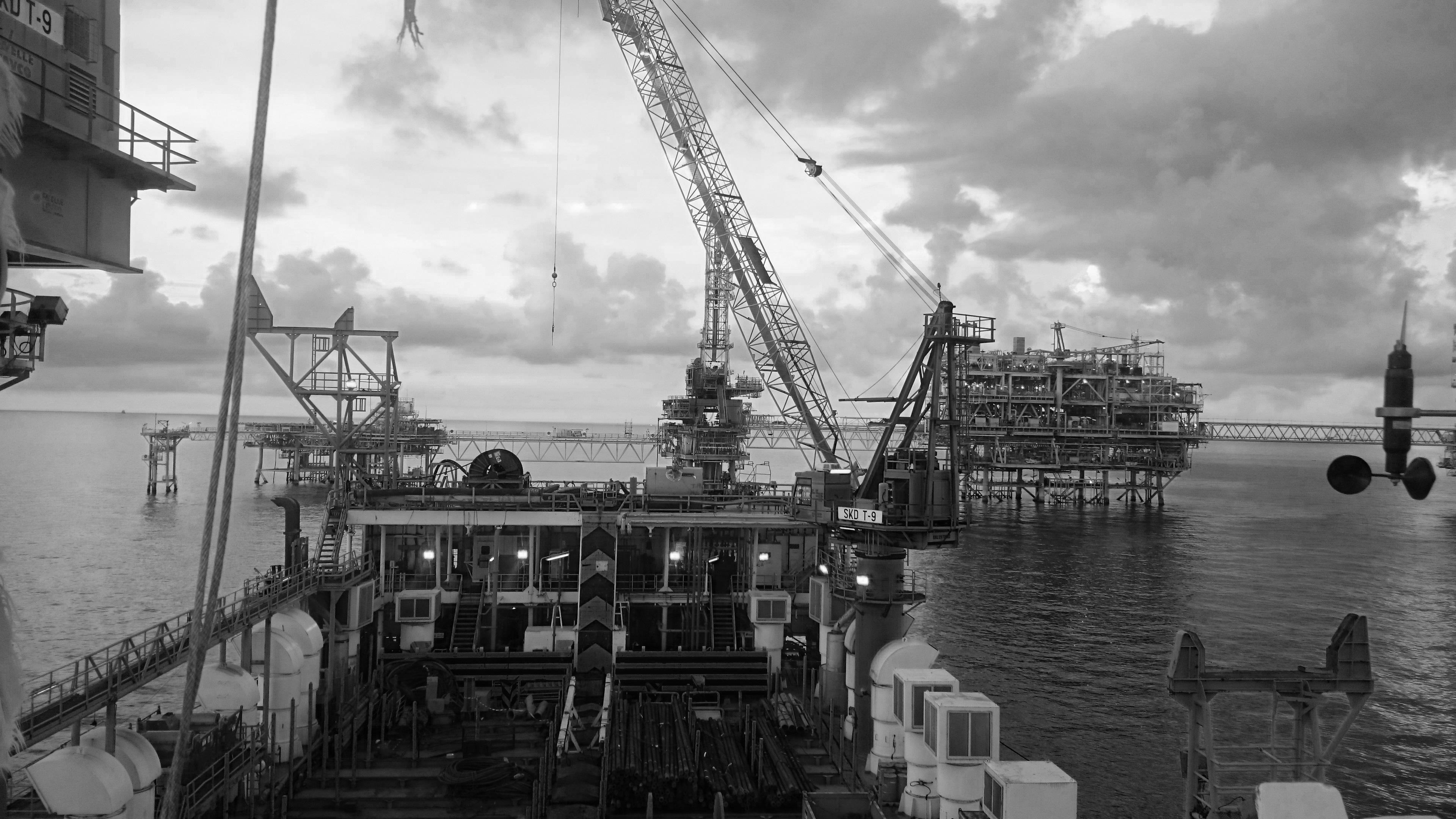 Platform Transportation & Installation Support